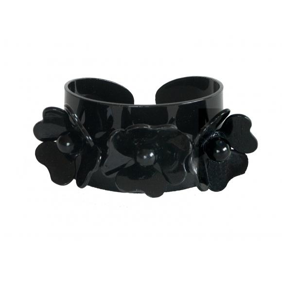 http://janetandschulz.com/254-376-thickbox/brazalete-3-flores-negro.jpg