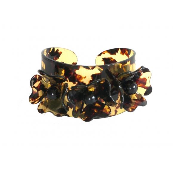 http://janetandschulz.com/255-377-thickbox/brazalete-3-flores-de-carey-de-manchas.jpg