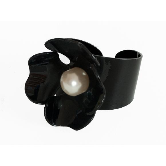 http://janetandschulz.com/269-395-thickbox/brazalete-flor-y-perla.jpg