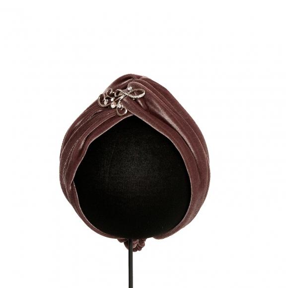 http://janetandschulz.com/279-411-thickbox/turbante-topo-con-broche.jpg