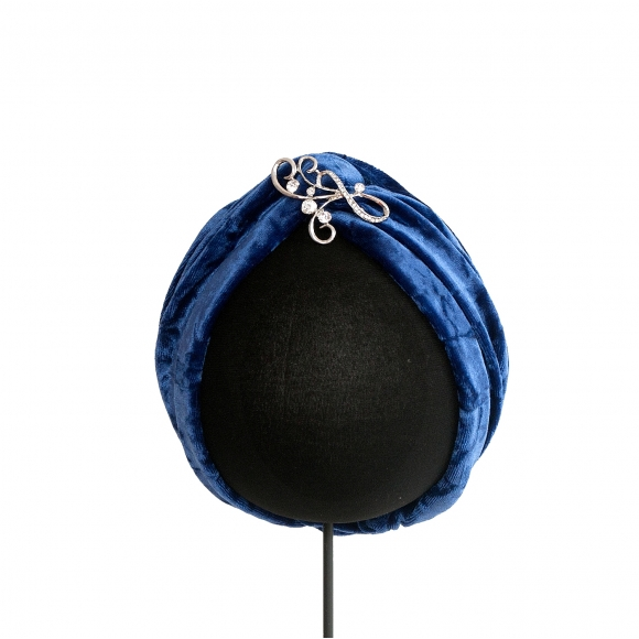 http://janetandschulz.com/280-412-thickbox/turbante-azulon-con-broche.jpg