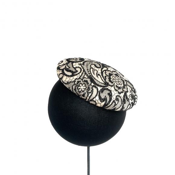 http://janetandschulz.com/306-443-thickbox/casquete-blanco-y-negro.jpg