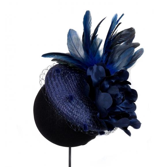 https://janetandschulz.com/283-413-thickbox/casquete-con-plumas-y-flor-azul.jpg